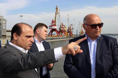 بازدید هیأت آستراخان روسیه از زیرساختها و روساختهای بندرانزلی