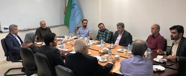 اولین جلسه دبیر انجمن با شرکتهای فورواردری