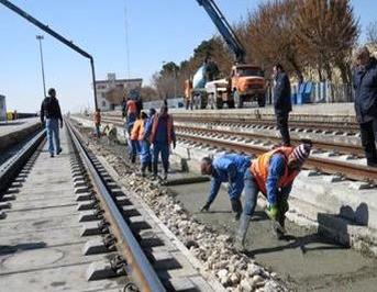 احداث کانال خط شارژ وآبگیری ایستگاه راه آهن شاهرود