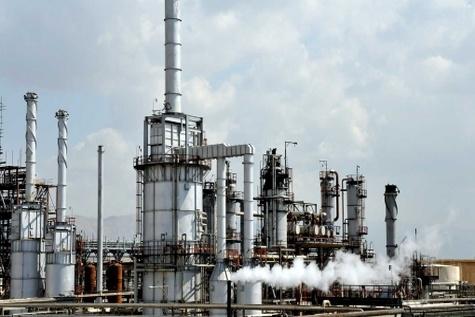 تولید روزانه ۷میلیونلیتر بنزین یورو ۴ در اصفهان / افزایش تولید به ۱۱میلیونلیتر تا بهار ۹۵