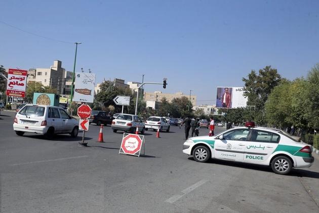 """افزایش 80 درصدی """"ترددهای نوروزی"""" در محورهای کرمانشاه/ عودت 350 خودرو به شهرهای مبدا"""