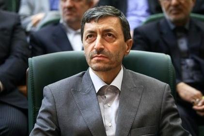 درگیری لفظی تند رئیس بنیاد مستضعفان با مجری تلویزیون بر سر آزادراه تهران-شمال