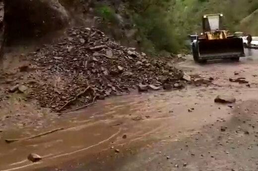 سیلاب هفته گذشته حدود سه میلیارد ریال به جاده کندوان خسارت زد