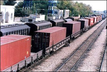 7 میلیون تن تخلیه و ۴ میلیون تن بارگیری در راهآهن هرمزگان