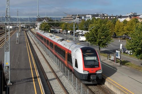 Additional services relieve pressure on Norwegian Line