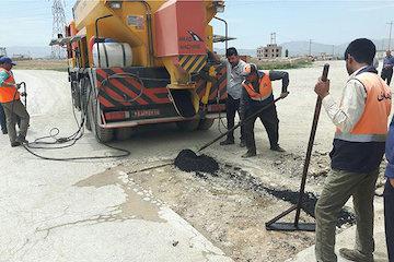 یک دستگاه فلاسک ترمیم آسفالت به ناوگان راهداری خراسان شمالی اضافه شد