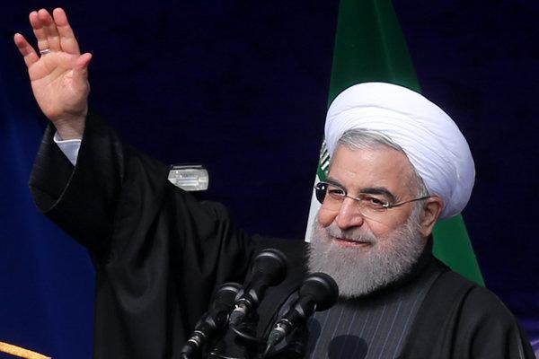 روحانی: برقی کردن راهآهن تهران-مشهد در آینده نزدیک آغاز میشود