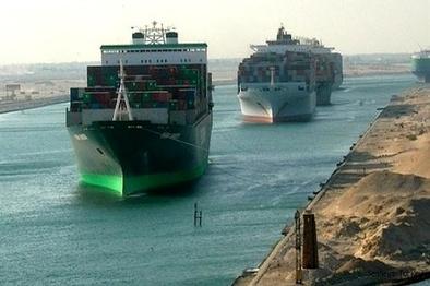 بازگشایی کانال سوئز دو روز پس از برخورد 5 شناور