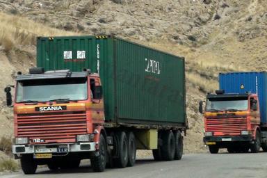 نتیجه بارگیری با کرایه پایین کانتینرها: کامیونهای چادری ضرر میدهند