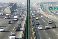 ترافیک درآزادراه تهران - کرج - قزوین سنگین است