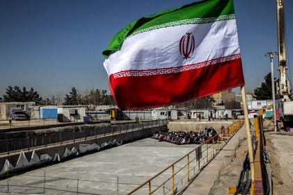 تصاویر| ورود دستگاه TBM حفاری خط ۳ مترو مشهد به پایانه امام رضا (ع)