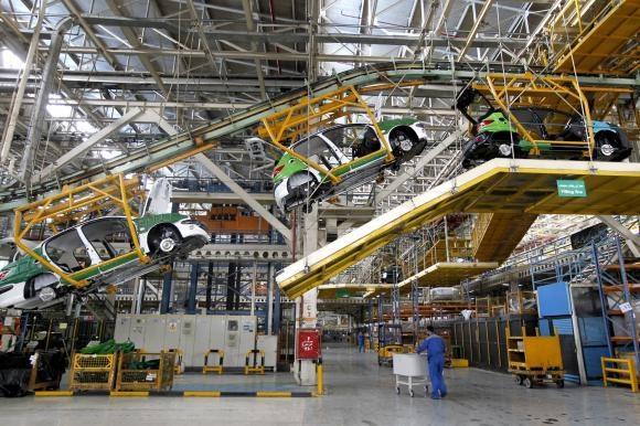 رشد تولید خودروسازان بزرگ به همراه ورود محصولات جدید