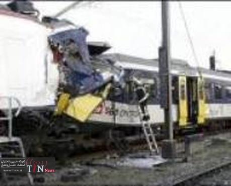 ◄اطلاعیه رجا در مورد برخورد قطار مسافربری تهران - مشهد با قطار باری؛ یک کشته و ۳۱ مجروح