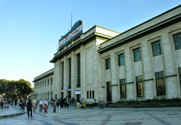 مشکل قطعی برق ایستگاه راهآهن تهران برطرف شد