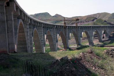 راهآهن قزوین-رشت چگونه کریدور ریلی شمال-جنوب را تکمیل میکند؟
