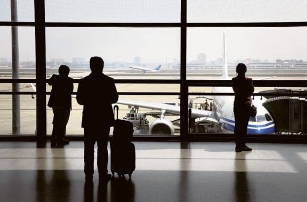 تعلیق پروازهای امارات به چین