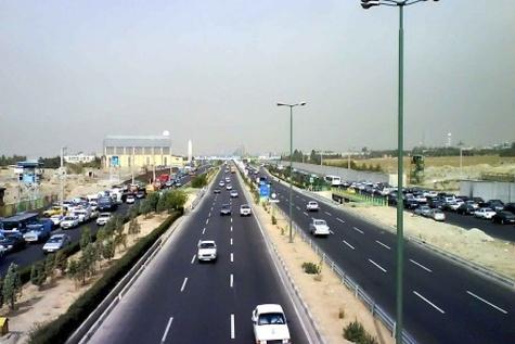 تکمیل آزادراه شیراز - اصفهان با این روند لاکپشتی بهجایی نمیرسد