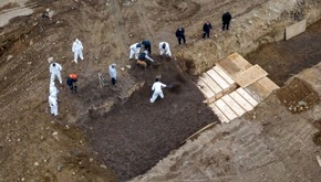 پیشی گرفتن آمار مبتلایان کووید-۱۹ در نیویورک از کشورهای دیگر/دفن قربانیان در گورهای جمعی