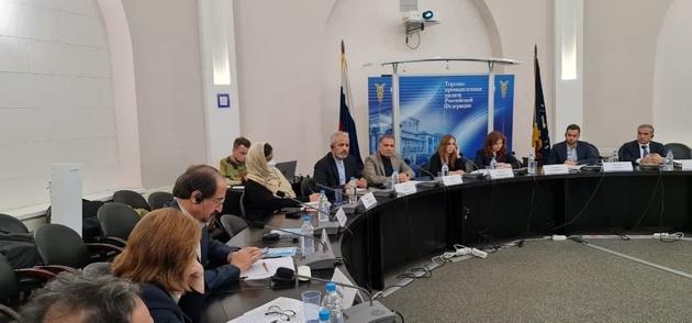 توسعه همکاری با آذربایجان و روسیه درعرصه کریدورهای حمل و نقلی