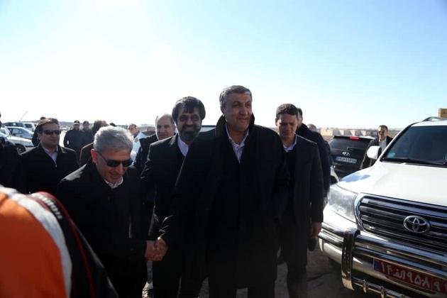 وزیر راه وشهرسازی: راه آهن اردبیل تا پایان دولت دوازدهم بهرهبرداری میشود