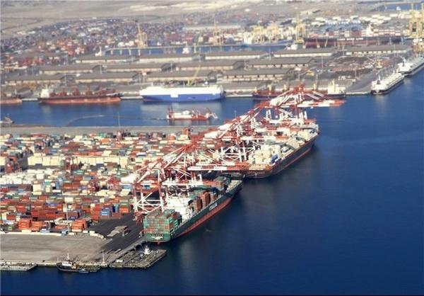 توسعه مناطق بندری با گسترش صادرات مجدد کالا
