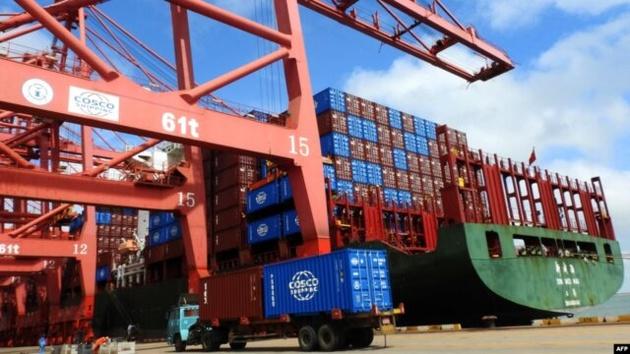 آمریکا وضع تعرفه کالاهای چینی را به تأخیر میاندازد