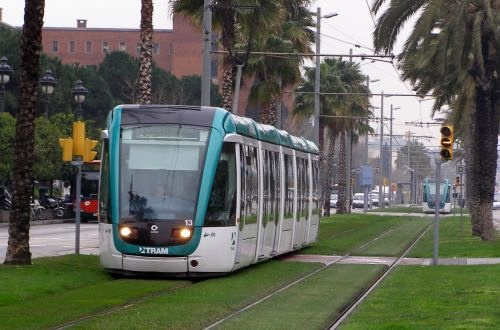 Catalonia signs agreement on Barcelona urban rail projects