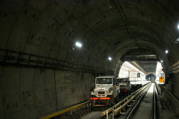 تکمیل نصب پدهای ضد ارتعاش در خط 7  متروی تهران، تا پایان سال