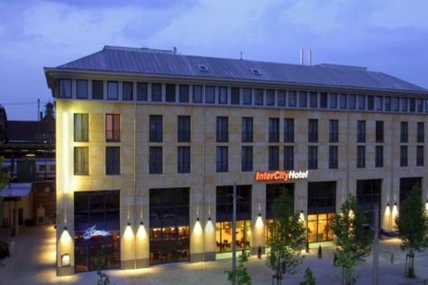 آلمانیها ۱۰ هتل در کشورمان میسازند