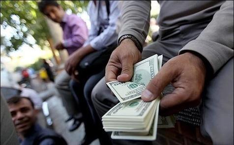 دلار از مرز 13 هزار تومان عبور کرد
