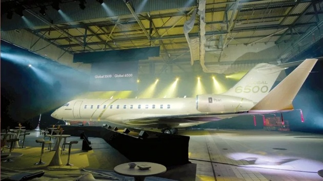 Bombardier Unveils Two New Longer-Range Business Jet Variants