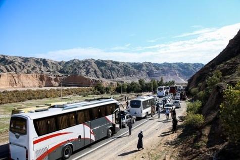 ترافیک عبوری زائرین اربعین حسینی از مرز مهران +(عکس)