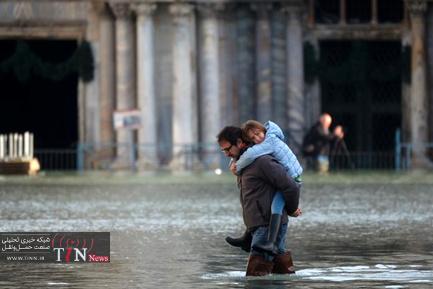 بالا آمدن سطح آب در ونیز