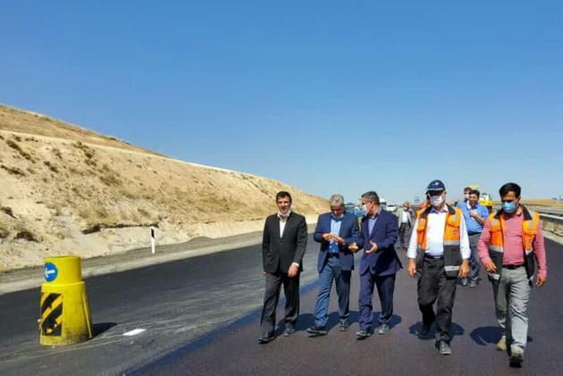 معاون سازمان راهداری بر تکمیل قطعه یک آزادراه تبریز- زنجان تاکید کرد