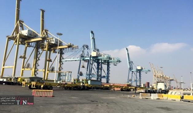 با پهلو گیری دو فروند کشتی، بیش از ۴۰۰۰ تن ورق آهن و تخته از طریق بندر آستارا وارد کشور شد