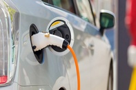 Toshiba lithium-ion battery could offer EVs 200-mile range after 6-minute recharge