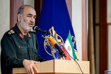 امنیت مطلوب فرودگاههای کشور نتیجه تعامل ناجا و سپاه است