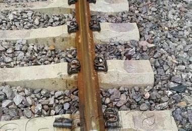 سرقت پیچهای اتصالات ریل راهآهن قزوین-رشت؛ 10 روز پس از افتتاح!