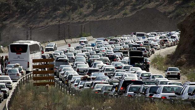 ترافیک سنگین در جاده هراز و محور فیروزکوه