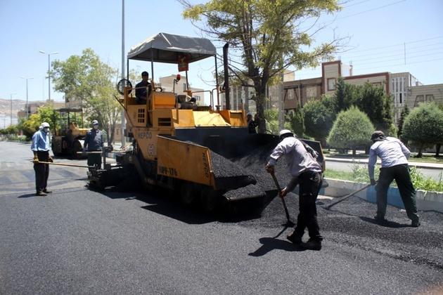 عملیات اجرایی آسفالت معابر شهر کاکی آغاز شد