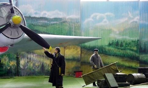 نمایشگاه هواپیماهای جنگی دوران شوروی.jpg10
