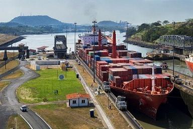 دستیابی کانال پاناما به بزرگترین کشتیهای کانتینری