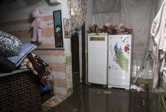این سیلاب نیست ، فاضلاب است