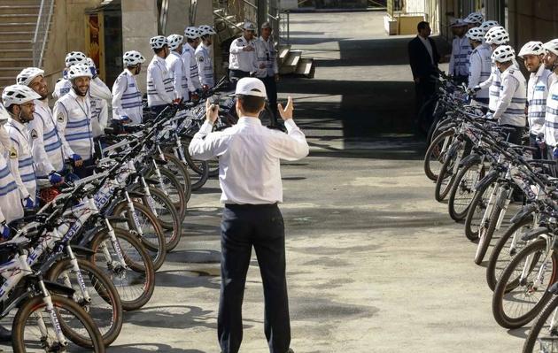 شاخصهای استخدام پلیس در کشورهای مختلف