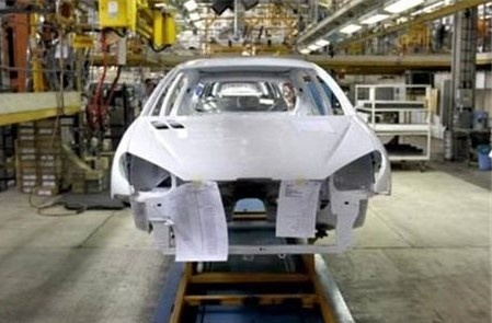 شرط خودروسازان برای ثابت ماندن قیمت خودروهای پیشفروش شده