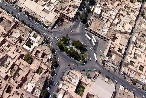 ساماندهی میدان امامخمینی(ره) برای افزایش سهم تردد عابران پیاده