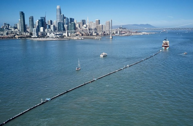 World's 1st Ocean Cleanup System Launched