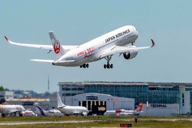 First Japan Airlines A350 XWB Debuts in the Sky