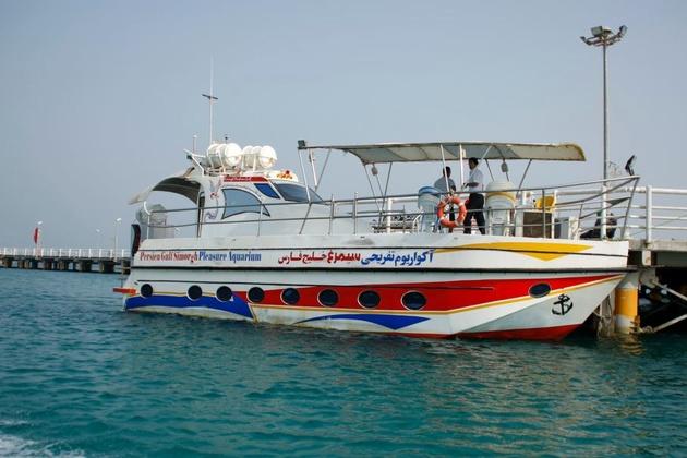 بهرهبرداری از دو قایق تفریحی در بندر آبادان