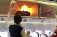 آتش گرفتن یک «پاوربانک» در هواپیمای چینی